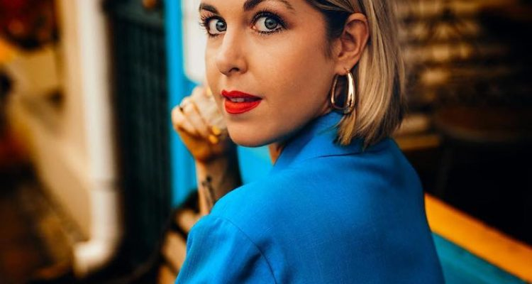 Emily Chambers press photo