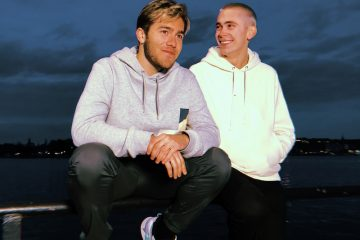 FELIX SANDMAN and Benjamin Ingrosso press photo by the water