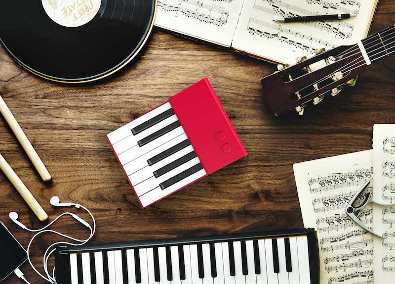 Ottavia portable piano red