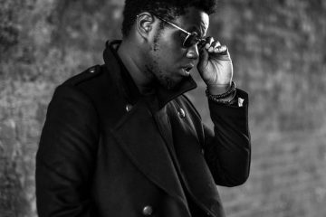 XamVolo press photo