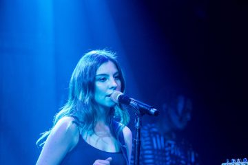 Lafamos + Tash + Blue Lighting + Live Shot