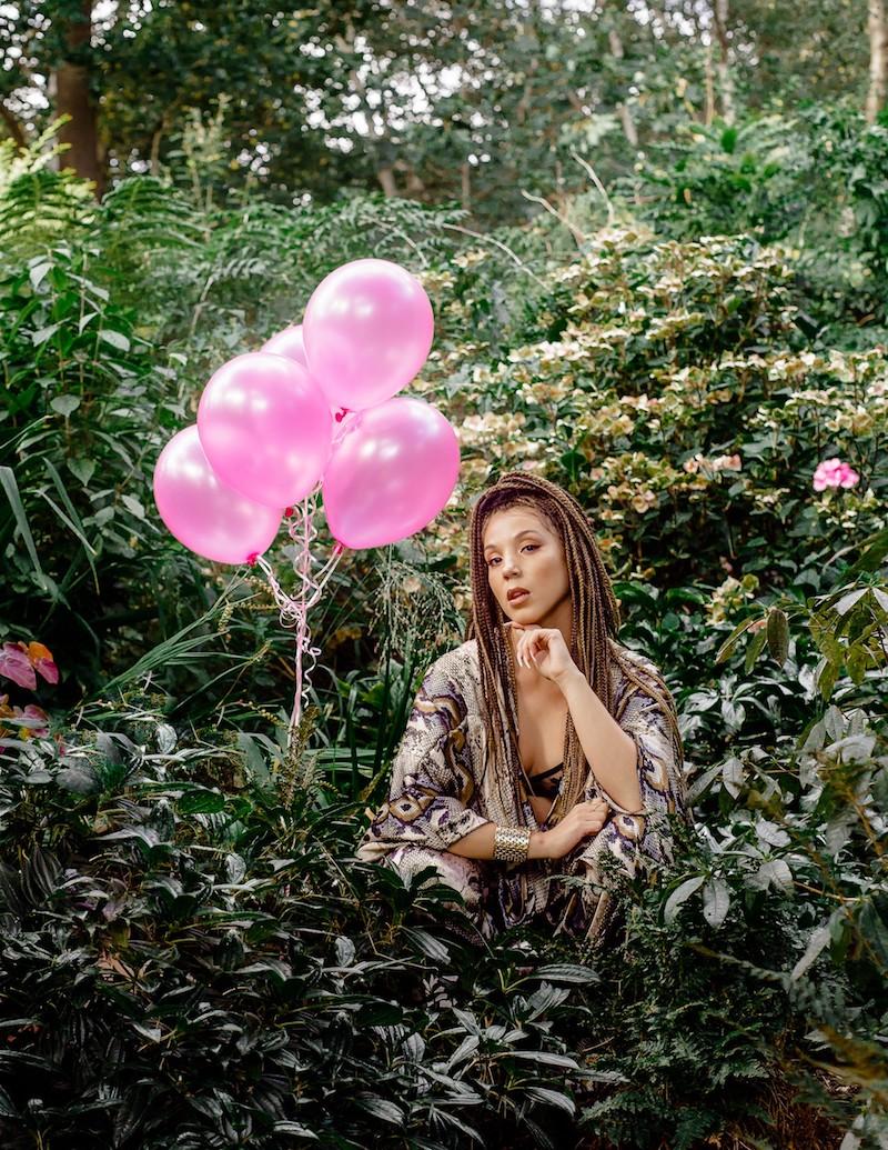 Effie Press Photo 3
