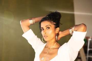 Anjulie press photo