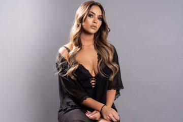 Tiara press photo