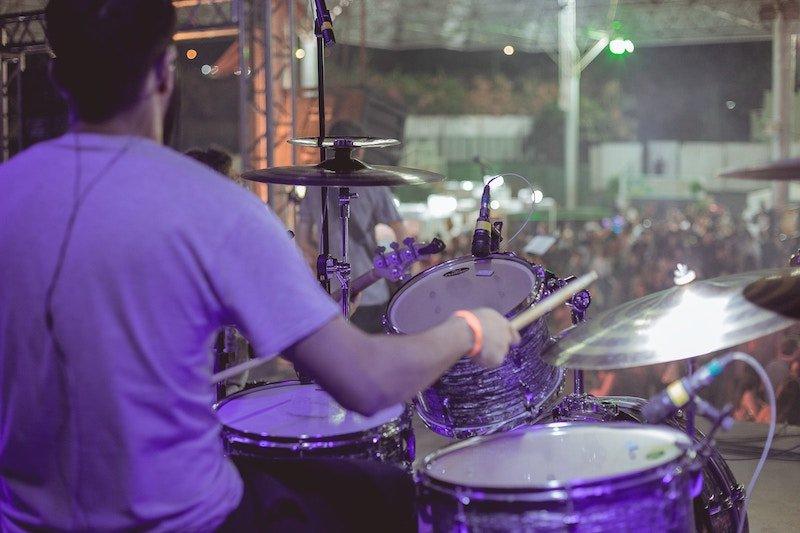 7 tips to create a rock band + getulio moraes + unsplash
