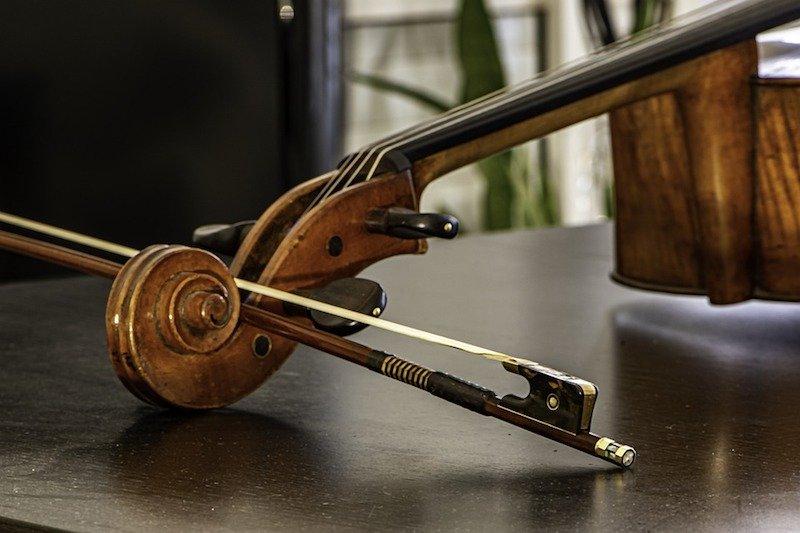 Cello bow