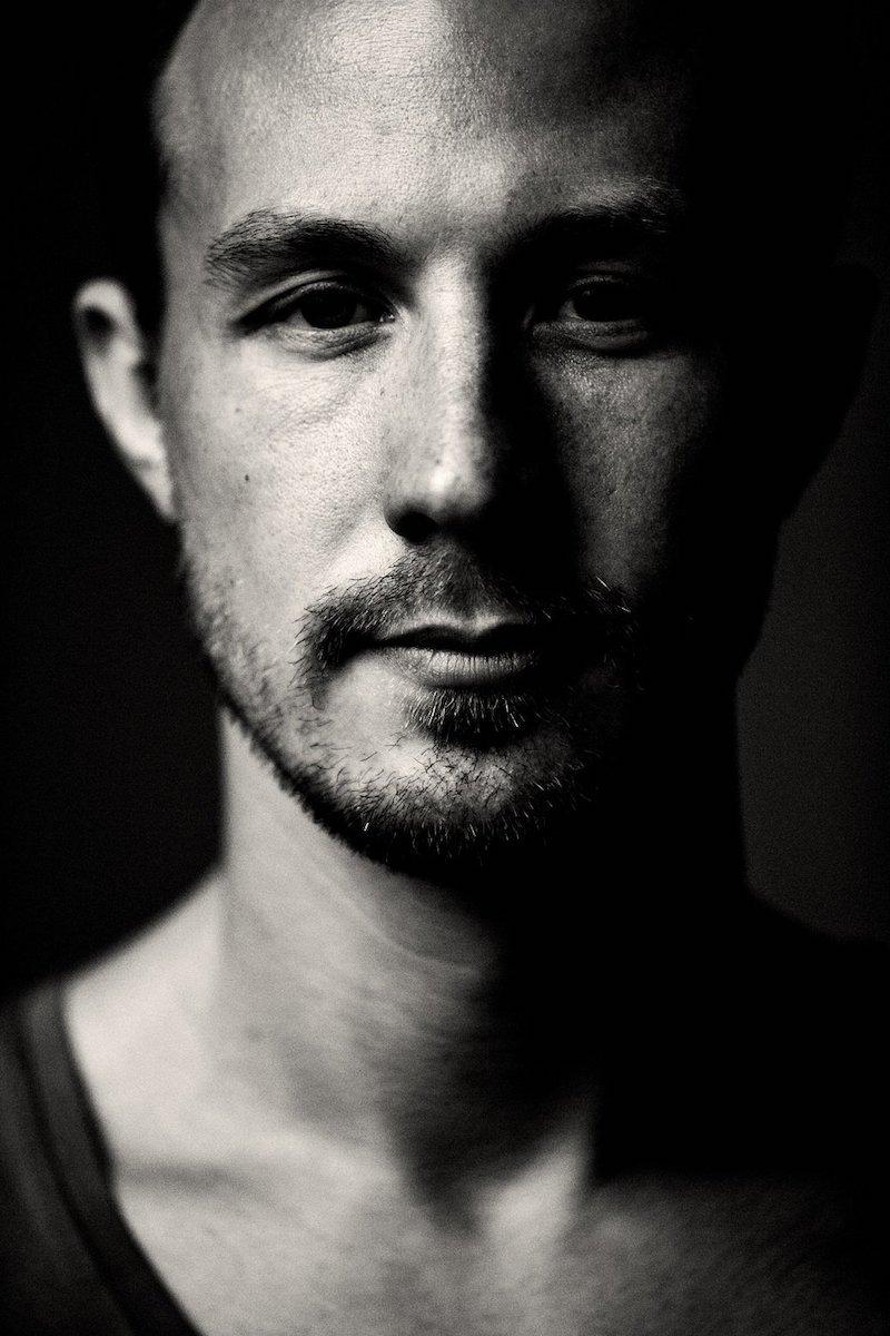Kris Menace press photo by Thommy Mardo