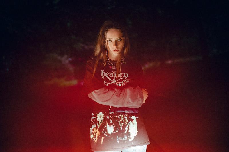 Holly Humberstone press photo by Phoebe Fox