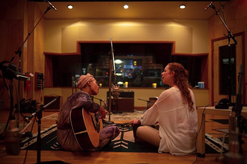 WILLOW & Jahnavi Harrison press photo in the studio - photo by Rasa Partin