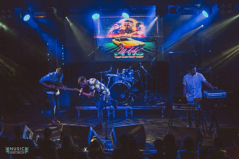 Wolf Club Live