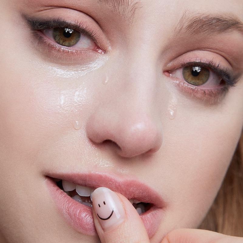 "Betta Lemme's ""Cry"" song cover art."
