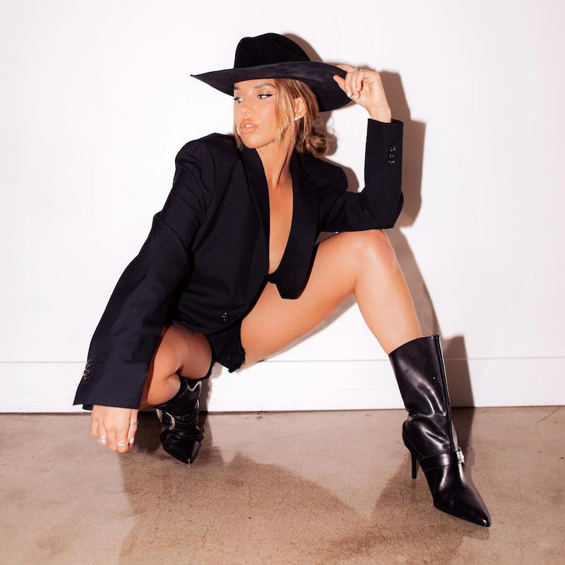 Shaylen press photo wearing a black cowgirl outfit