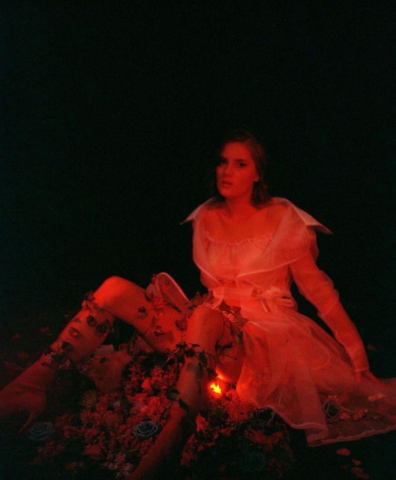 "EMELINE - ""Flowers & Sex"" press photo"