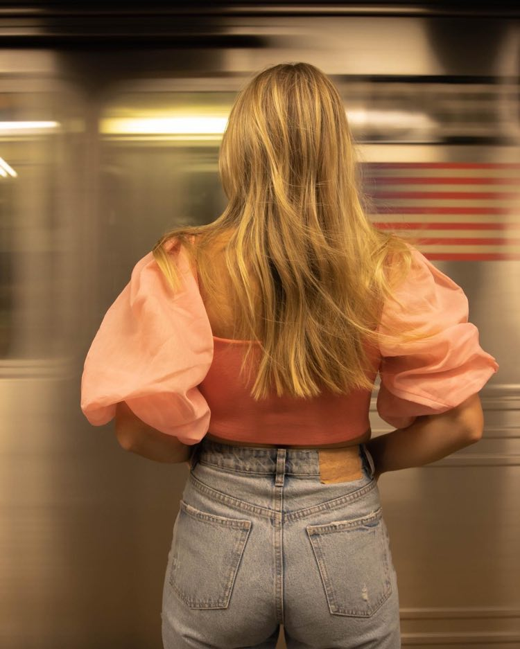 """Taylor Tote - """"I Left My Heart In NYC"""" press photo in the subway station"""