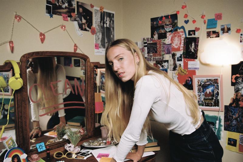 Maude Latour - Clean press photo