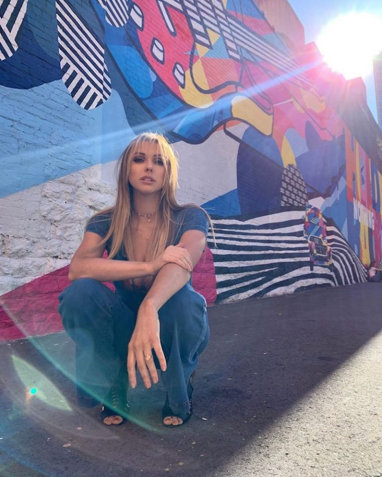 Ciara Rae press photo