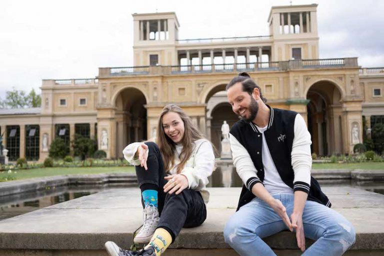 Maxé and Lara Samira press photo